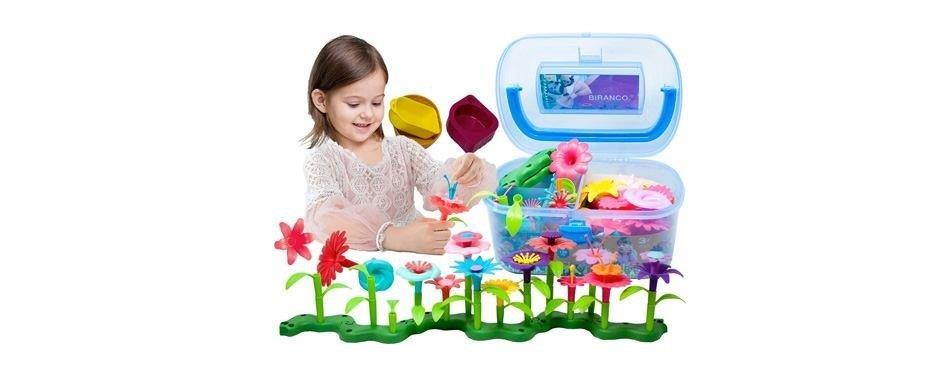 des fleurs en plastiques pour enfants
