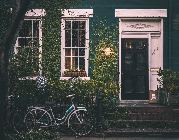 maison chaleureuse verte