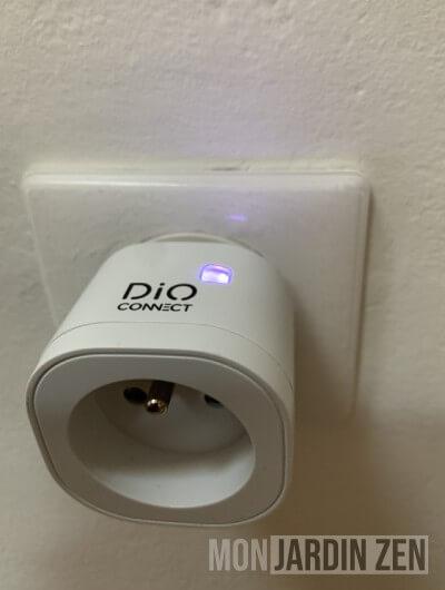 prise électrique dio connect plug led rouge