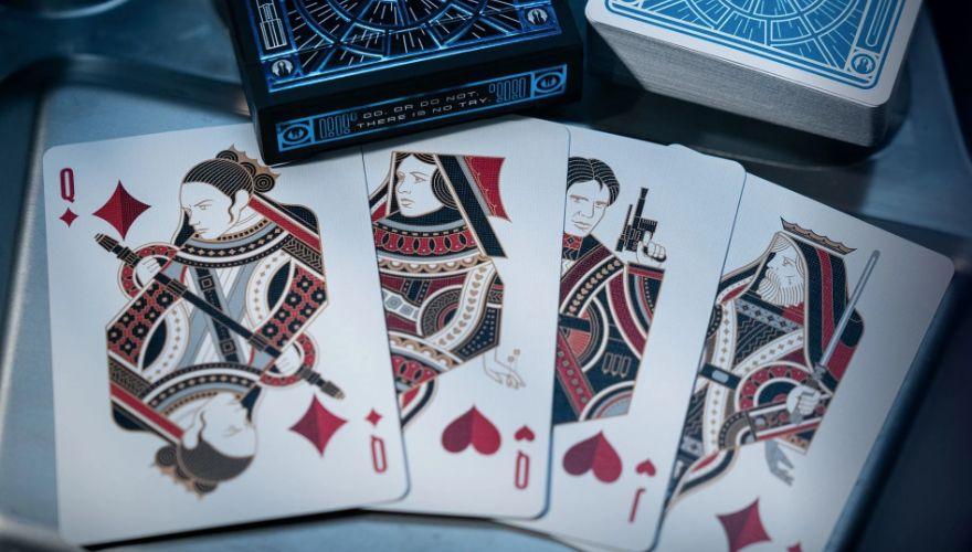 4 cartes de jeux à jouer aux couleurs de star wars