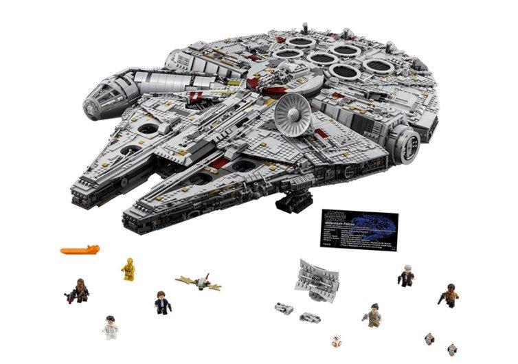 les pièces de lego du vaisseau spatial